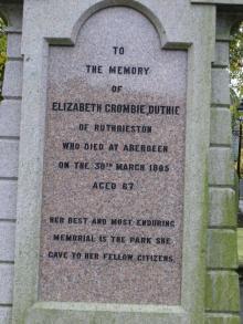 Elizabeth Crombie Duthie's grave
