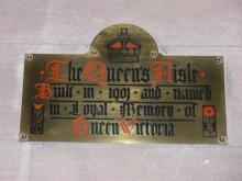 Plaque in Queen's Aisle