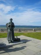 Statue of Nairn fishwife